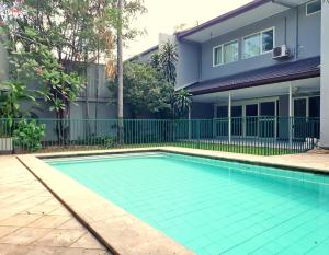 Jakarta Hotels With A Private Pool Book At Hotel Com Au