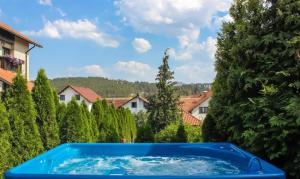 Club Satelit Zlatibor, Bed and Breakfasts  Zlatibor - big - 39