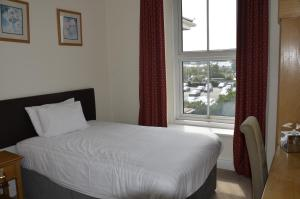 Cae Mor; Sure Hotel Collection by Best Western