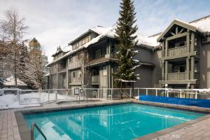 Glacier Lodge - Hotel - Whistler Blackcomb