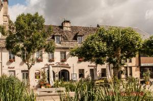 Accommodation in Argentat