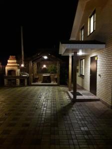 Гостиницы Сыростана