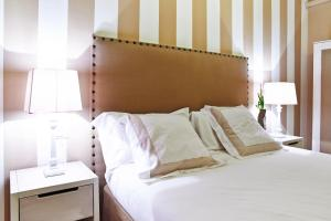 Petite Suite, Апартаменты  Бергамо - big - 28
