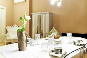 Petite Suite, Апартаменты  Бергамо - big - 3