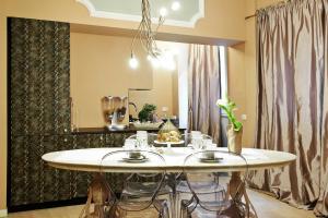 Petite Suite, Апартаменты  Бергамо - big - 22