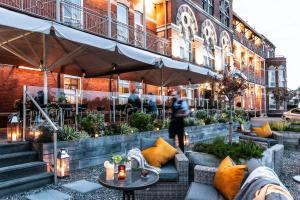 The Ambassador Hotel (2 of 57)