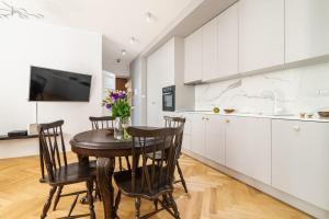Rent like home Dobra 810