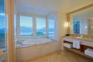 Pullman Reef Hotel Casino, Hotel  Cairns - big - 36