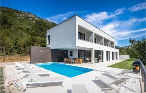 Stunning home in Bakarac w/ Outdoor swimming pool, WiFi and Outdoor swimming pool