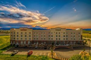 Hawthorn Suites by Wyndham Loveland - Hotel - Johnstown