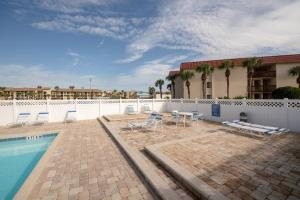 Ocean View Condo, Private Porch, Heated Pool and Hot Tub, Case vacanze  Coquina Gables - big - 6