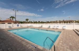 Ocean View Condo, Private Porch, Heated Pool and Hot Tub, Case vacanze  Coquina Gables - big - 11