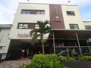 HOTEL MED 70