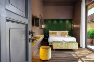 Maison Josephine design Apartment with terrace - AbcAlberghi.com