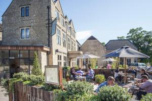 Timbrell's Yard (1 of 43)