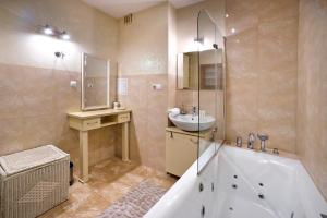 Sarmacka PO Serviced Apartments 2 bedrooms