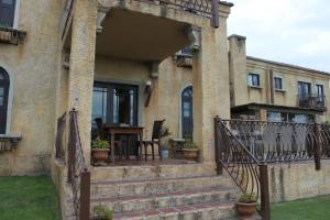 Dio Dell Amore Guest House, Bed and Breakfasts  Jeffreys Bay - big - 72