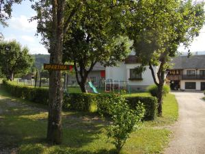 Apartments Pr Fajfarju