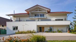 Ferienhof Haas - Hotel - Friedrichshafen