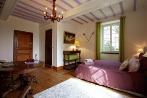 Le Gîte de Garbay, Отели типа «постель и завтрак»  Margouët-Meymès - big - 43