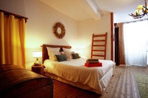 Le Gîte de Garbay, Отели типа «постель и завтрак»  Margouët-Meymès - big - 41