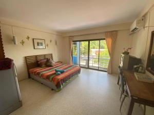 Курортный отель Aonang Andaman Resort