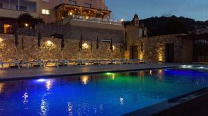 Location gîte, chambres d'hotes Hotel La Santa dans le département Corse du Sud 2a