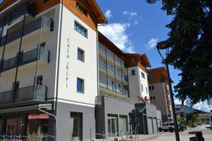 Nuovo Appartamento a Malè in Val di Sole - AbcAlberghi.com