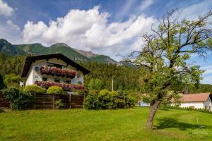 Ferienwohnung Kobler - Hotel - Landeck