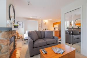 Eagle Lodge by Outpost - Apartment - Whistler Blackcomb