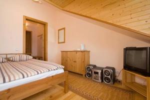 Hostels und Jugendherbergen - Melnais Starkis