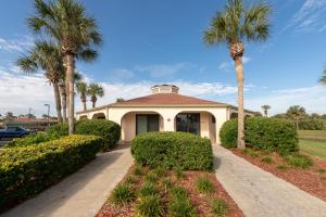 Ocean View Condo, Porch, Heated Pool, Hot Tub, Holiday homes  Coquina Gables - big - 12