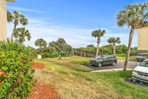 Ocean View Condo, Porch, Heated Pool, Hot Tub, Holiday homes  Coquina Gables - big - 15
