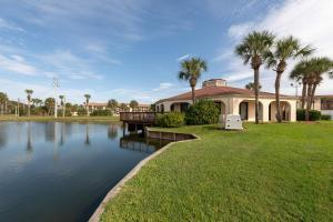 Ocean View Condo, Porch, Heated Pool, Hot Tub, Holiday homes  Coquina Gables - big - 16