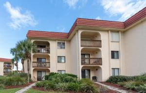 Ocean View Condo, Porch, Heated Pool, Hot Tub, Holiday homes  Coquina Gables - big - 18
