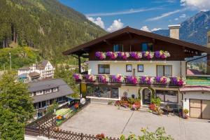 Pension St.Leonhard - Accommodation - Bad Gastein