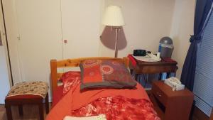 Jolie chambre dans une copropriété tranquille - Hotel - Reignier