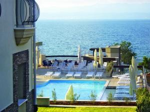 Blue Waves Resort, Hotels  Malinska - big - 55