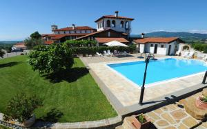 Hostales Baratos - Belica Bed and Breakfast
