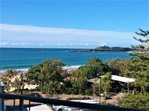Mooloolaba Beachfront Apartment