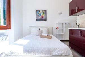 Alessia's Flat - Certosa - AbcAlberghi.com