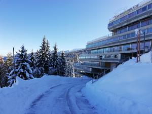 Sole Alto Appartamenti Montana - AbcAlberghi.com
