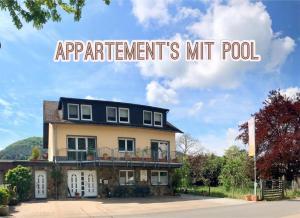 Residenz Moselzauber Ferienwohnungen mit Pool Landschaft