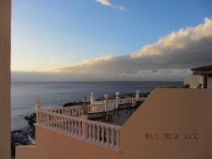 AVENUS 24 Puerto de Santiago