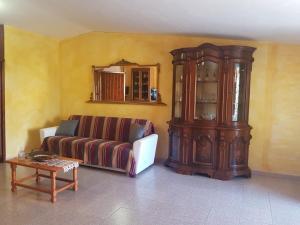 Appartamento con 3 Camere da Letto e Terrazza