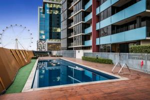 1008N Docklands 2 Bed Free Wifi #