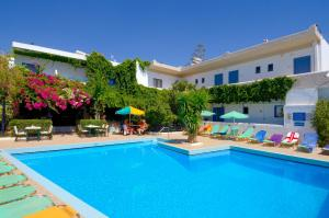 Hostels e Albergues - Costas & Chrysoula