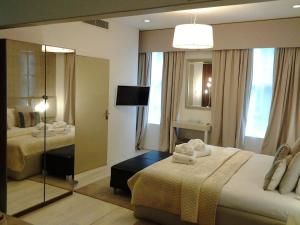 Room Home Stay - City of London