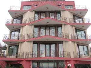 Ellinis Hotel