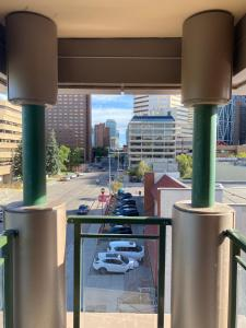 2Bed cozy Downtown Calgary